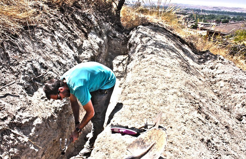 https://lurearqueologia.es/lu2021/wp-content/uploads/2013/08/excavacion-trinchera-guerra-civil-aranjuez-1.jpg