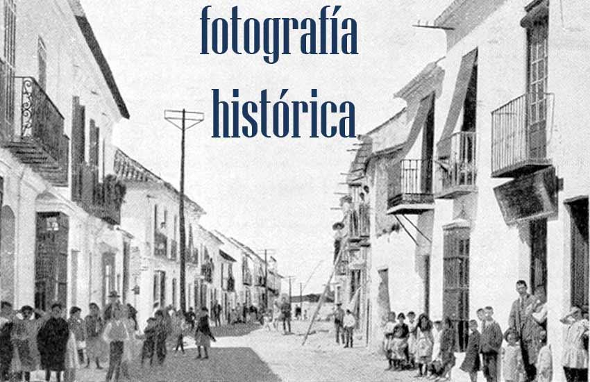 https://lurearqueologia.es/lu2021/wp-content/uploads/2014/09/calle-real-estepona-legado-temboury-1.jpg